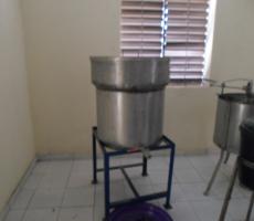 chaîne de filtrage du miel et centrifugeuse